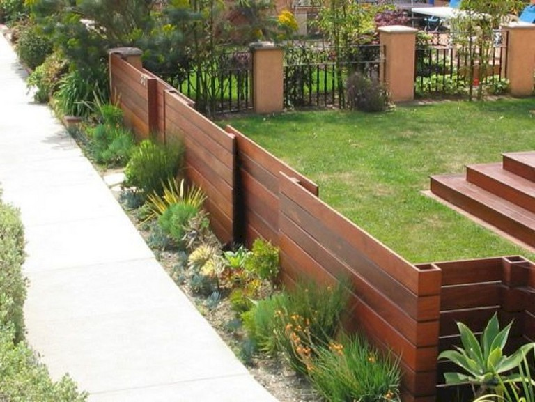 63+ Inspiring DIY Front Yard Privacy Fence Remodel Ideas ... on Front Yard Renovation Ideas id=88650