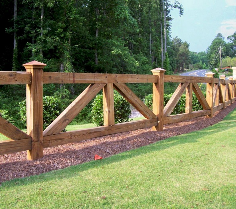 63+ Inspiring DIY Front Yard Privacy Fence Remodel Ideas ... on Front Yard Renovation Ideas id=48557